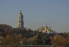 Ortodox kloster på lutningen Royaltyfria Foton