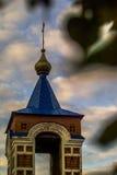 Ortodox kyrka av den heliga oskulden i staden av Medyn, Kaluga region (Ryssland) Arkivfoto