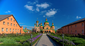 Ortodox kyrka av Kyiv Royaltyfri Foto