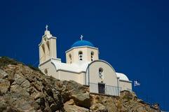 Ortodox kyrka i Kamari Arkivfoto