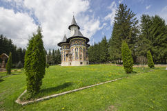 Ortodox målad kyrka Royaltyfri Bild