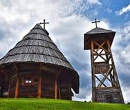 Ortodox träkyrka, i härligheten av Sten Sava royaltyfri bild