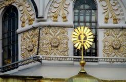 Ortodoxa garneringar för kristen kyrka royaltyfria foton