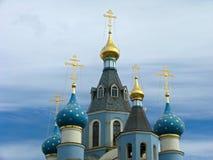 ortodoxa kyrkliga kupoler Fotografering för Bildbyråer