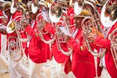 ORURO, BOLÍVIA - 10 DE FEVEREIRO DE 2018: Dançarinos no carnaval de Oruro dentro Imagem de Stock Royalty Free