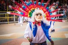 ORURO, BOLÍVIA - 10 DE FEVEREIRO DE 2018: Dançarinos no carnaval de Oruro dentro Fotos de Stock