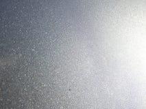 Orvalho e pingos de chuva da manhã no carro Foto de Stock