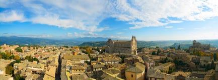 Orvieto średniowieczny miasteczko i Duomo katedralny kościelny widok z lotu ptaka. Włochy Obraz Royalty Free