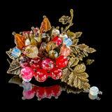 Oryginalna handmade broszka z różnorodnymi kamieniami Zdjęcie Stock