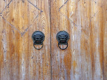 Oryginalny drewniany drzwi fotografia stock