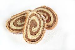Orzech włoski Chlebowa rolka na białym tle Obrazy Royalty Free