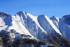Osłania śnieżne wysokie góry Fotografia Royalty Free