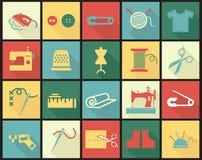 Os ícones do equipamento da costura ajustaram-se com dedal, agulha Fotografia de Stock Royalty Free