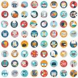 Os ícones lisos projetam o grupo grande da ilustração moderna do vetor de vários artigos do serviço financeiro, Web e desenvolvim fotos de stock royalty free