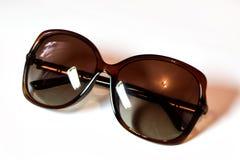 Os óculos de sol isolaram o fundo branco Foto de Stock Royalty Free
