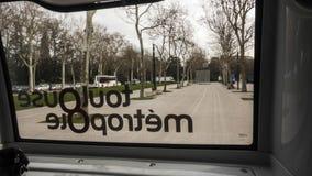 Os ônibus bondes Driverless levam passageiros Fotografia de Stock Royalty Free