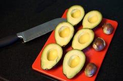 Os abacates maduros são gosto nutritivo e rico imagem de stock royalty free