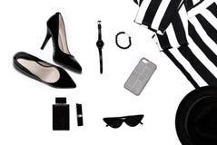 Os acessórios das mulheres em superior, à moda, as coisas das mulheres da forma fotografia de stock royalty free