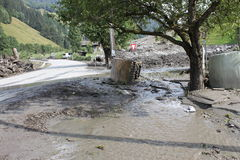 Os aluviões scar os montanheses de Áustria que seguem a chuva pesada UE Imagem de Stock