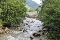 Os aluviões scar os montanheses de Áustria que seguem a chuva pesada UE Foto de Stock Royalty Free