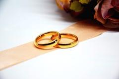 Os anéis de casamento Imagens de Stock Royalty Free