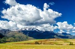 Os Andes no Peru fotografia de stock