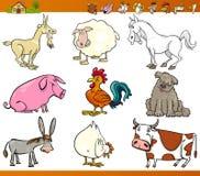 Os animais de exploração agrícola ajustaram a ilustração dos desenhos animados Fotos de Stock Royalty Free