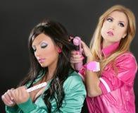 Os anos 80 do barbie da cor-de-rosa do ferro do cabelo do cabeleireiro da forma Imagens de Stock