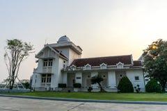 Os 60 anos do primeiros obervatório e planetário velhos em Tailândia foto de stock