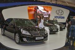 Grupo de modelos do carro de Hyundai na exposição Imagem de Stock