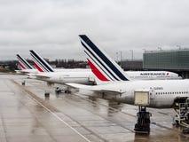 Os aviões comerciais de Air France no aeroporto de CDG Foto de Stock Royalty Free