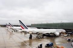 Os aviões comerciais de Air France no aeroporto de CDG Foto de Stock