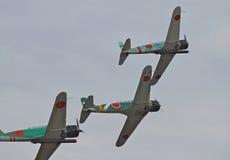 Os aviões da segunda guerra mundial Reenact o ataque do Pearl Harbor Fotografia de Stock