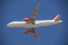 Os aviões de jato sobre o naama latem, Sharm El Sheikh, Egito foto de stock royalty free