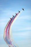 Os aviões de jato vermelhos da força aérea do RAF das setas Foto de Stock