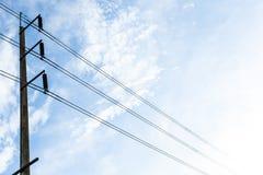 Os azul-céu bondes da antena cancelam fotos de stock