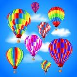 Os balões de ar quente no céu vector o fundo Foto de Stock Royalty Free