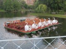 Os barcos da cisne Imagem de Stock Royalty Free