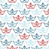 Os barcos de papel grandes do teste padrão sem emenda esboçam azul e vermelho ilustração royalty free