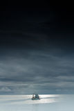 Os barcos de pesca estão em terra. Foto de Stock Royalty Free