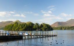 Os barcos em Derwent molham no distrito do lago Fotos de Stock Royalty Free