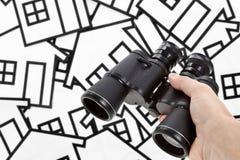 Os binóculos dirigem o sinal imagens de stock royalty free