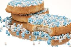 Os biscoitos com anis branco e azul polvilham Fotos de Stock Royalty Free