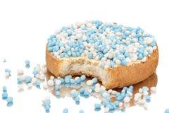 Os biscoitos com anis branco e azul polvilham Fotografia de Stock