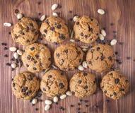 Os biscoitos do wholemeal flour com laranja e chocolate Imagem de Stock