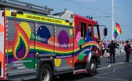 Os bombeiros no festival do orgulho de Blackpool fotografia de stock royalty free
