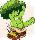 Os brócolis contra o hamburguer, alimento saudável jejuam, competição Fotografia de Stock