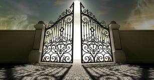 Os céus abrem portas ornamentado Fotografia de Stock Royalty Free