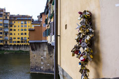 Os cadeado do ` dos amantes Fotografia de Stock