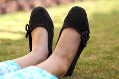 Os calçados da menina Foto de Stock Royalty Free